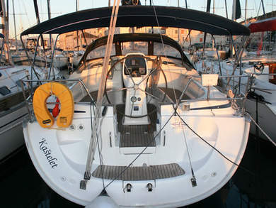 Hire sailboat Bavaria 39 Cruiser in Seget Donji - Split
