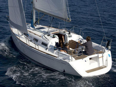 Charter sailboat Dufour 325 Grand Large in Rogoznica - Sibenik