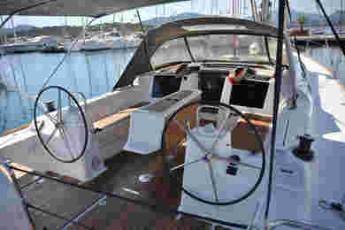 Charter sailboat Dufour 460 Grand Large in Portisco - Olbia-Tempio (Cerdeña)
