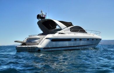 Rental motorboat Fairline Targa 48 in Podstrana - Split